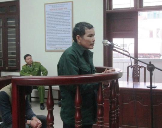 Dù đáng tuổi ông, nhưng Lê Văn Anh vẫn làm trò đồi bại với cháu bé mới 13 tuổi.