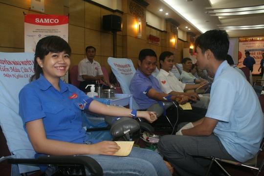 Đông đảo CNVC-LĐ Samco tham gia ngày hội hiến máu nhân đạo sáng 9-9