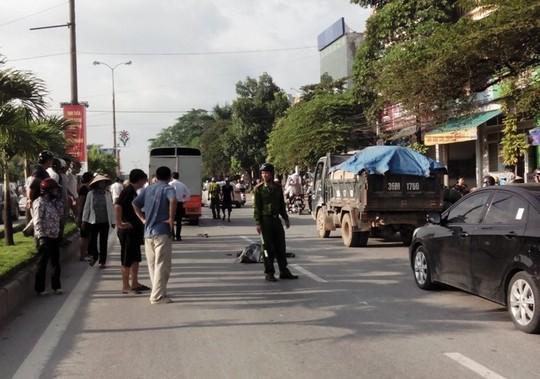 Hiện trường vụ tai nạn khiến 1 người chết, 1 người bị thương nặng