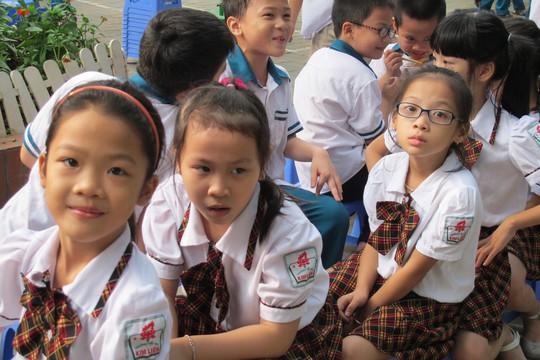 Học sinh tiểu học sẽ được đánh giá bằng nhận xét, thay vì điểm số