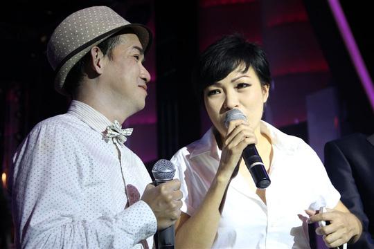 Phương Thanh hồi tưởng lại những ngày đầu gặp Minh Thuận. Ngày ấy Phương Thanh còn là một ca sĩ trẻ nhưng Minh Thuận đã là một ngôi sao tên tuổi. Cô tâm sự chính Minh Thuận là người đã giới thiệu cô về với nhà hát Hòa Bình