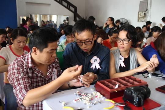 Hội thi đã thu hút nhiều thí sinh nam