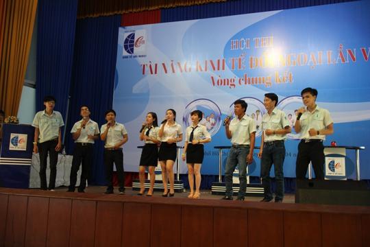Các thí sinh tranh tài ở hội thi