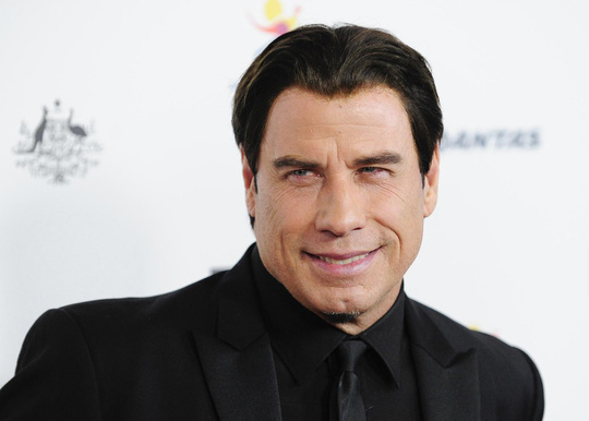 John Travolta thua kiện người tình đồng tính