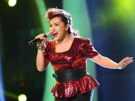 """Giám khảo Vietnam Idol chê nam thí sinh """"điệu, mất tự nhiên"""""""