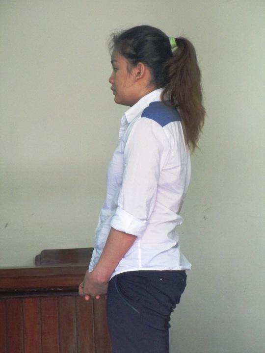 'Kiều nữ' cầm đầu băng trộm gây ra hàng loạt vụ trong 5 ngày, bị HĐXX TAND TP HCM, tuyên 9 năm tù vào ngày 6-8.