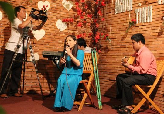 Đức Huy hòa giọng cùng các ca sĩ khuyết tật