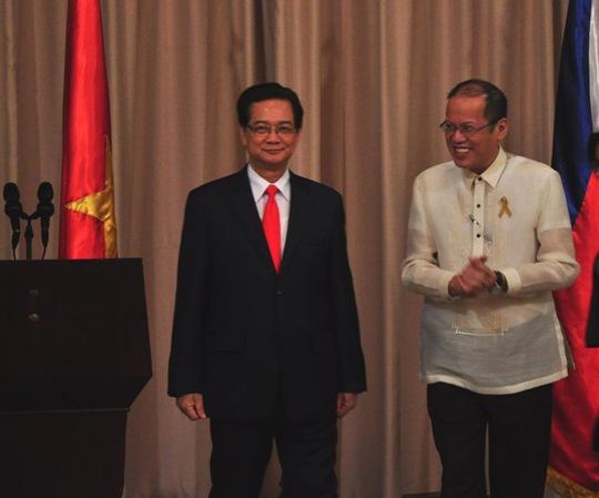Hai bên đã nhất trí tiếp tục tăng cường hợp tác và tích cực triển khai các thỏa thuận đã đạt được về quốc phòng, an ninh.