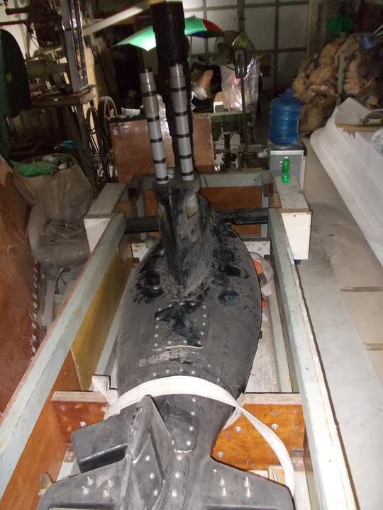 Tàu ngầm Yết Kiêu 1 tại xưởng ở Bình Tân hiện nay