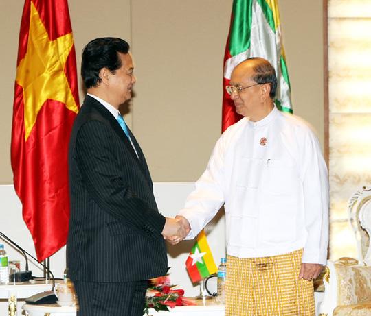 Thủ tướng Nguyễn Tấn Dũng hội kiến với Tổng thống nước chủ nhà Myanmar U Thein Sein - Ảnh: Đức Tám