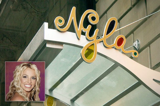 Britney Spears. Ảnh: Urban-Reviews.com