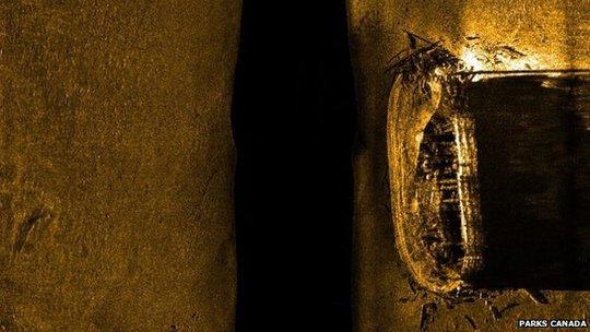 Hình ảnh chụp được cho thấy 1 trong hai xác tàu dưới đáy đại dương gần như vẫn nguyên vẹn. Ảnh: Parks Canada