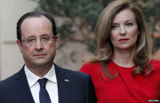 Tổng thống Pháp Francois Hollande và cựu đệ nhất người tình Valerie Trierweiler. Ảnh: Reuters