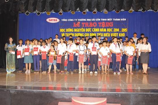 Lễ trao tặng Học bổng Nguyễn Đức Cảnh 2014-2015