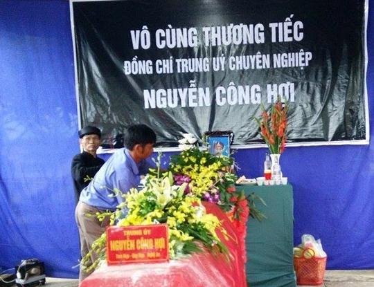 Lễ tang trúng úy Hợi tại quê nhà.