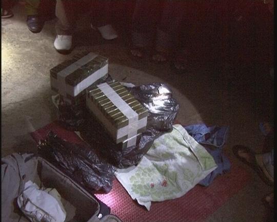 Số hê rô in tang vật của vụ án (ảnh Viết Lam)