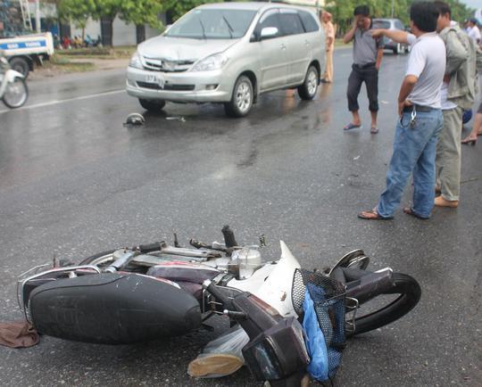 Hiện trường vụ tai nạn (ảnh Doãn Hòa).