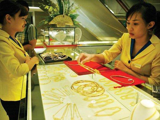 Đón đầu xu hướng mua vàng cuối năm, các doanh nghiệp kinh doanh vàng đưa ra nhiều chiêu khuyến mãi