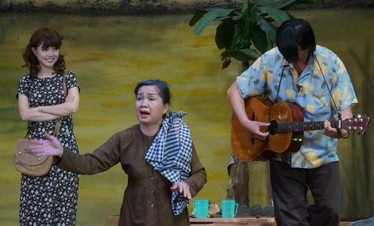 Xuân Hương tạo tiếng cười thú vị cho vở kịch