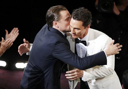 Leonardo chúc mừng Matthew McConaughey