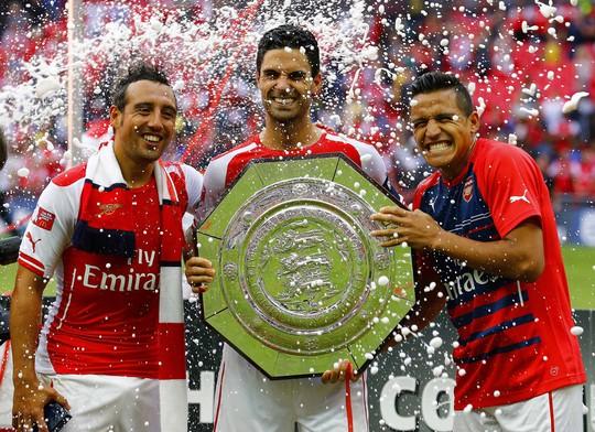 Arsenal cảnh báo các đối thủ với danh hiệu đầu mùa: Siêu cúp Anh