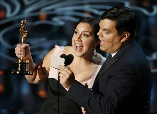 Vợ chồng nhạc sĩ Robert Lopez
