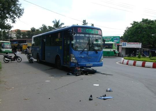 Xe buýt là nỗi ám ảnh của sinh viên làng đại học Thủ Đức