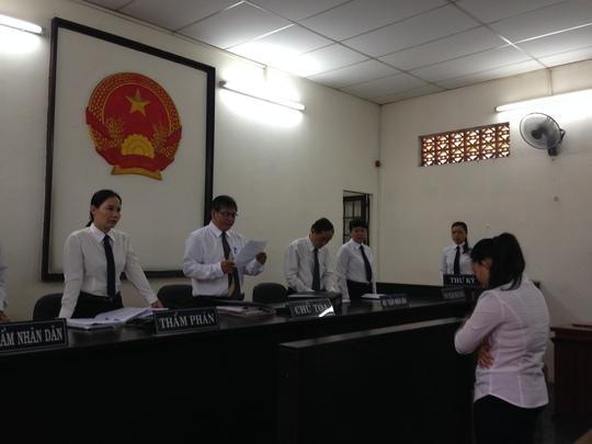 Bị cáo Hồ ngọc Nhờ tại phiên tòa sáng 30-5