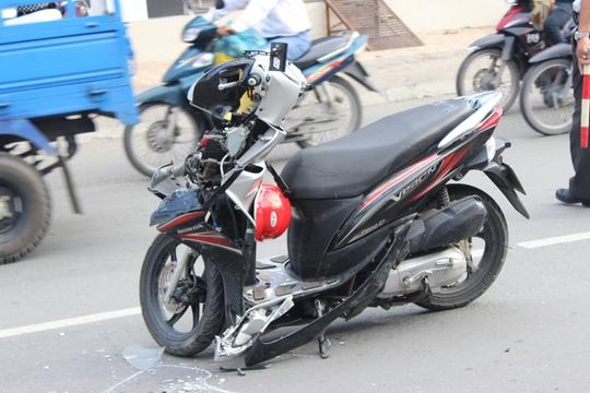 Chiếc xe máy...