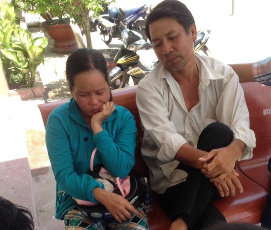 Cha mẹ Phúc rầu rĩ khi con mình bị bắt giam