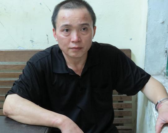 Nghi can Nguyễn Thanh Sơn tại cơ quan công an
