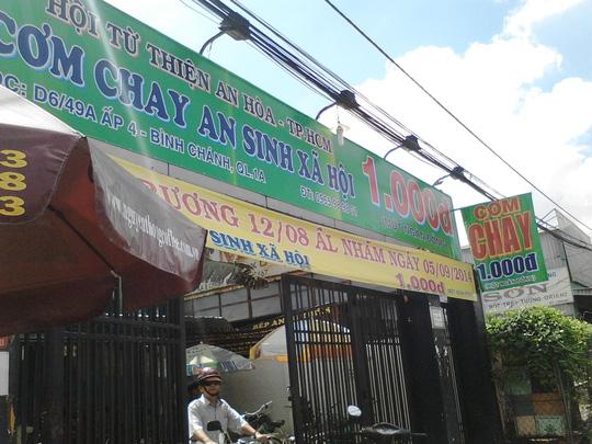 Bảng hiệu quán ăn mang tên 1.000 đồng làm ấm lòng người lao động nghèo
