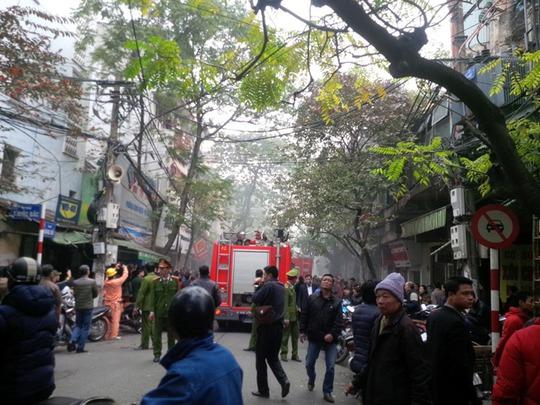 Người dân phố cổ bàng hoàng vì vụ cháy lớn