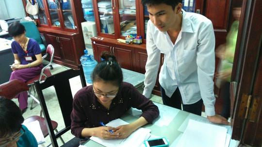 Thí sinh chỉnh sửa sai sót tại Trường Đại học Y Hà Nội