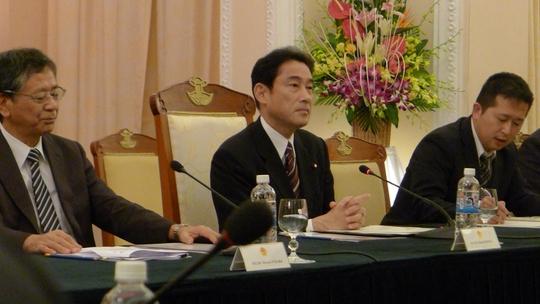 Ngoại trưởng Nhật Bản Fumio Kishid cảm ơn sự đón tiếp trọng thị phía Việt Nam đã dành cho đoàn