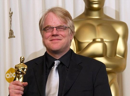 Vinh dự nhận tượng vàng Oscar