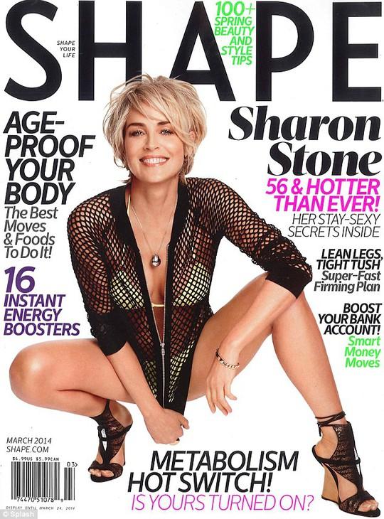 Sharon Stone trẻ trung hơn nhiều so với tuổi 55