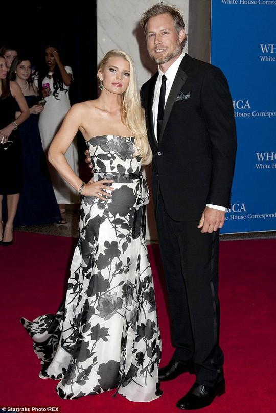 Vợ chồng Jessica Simpson