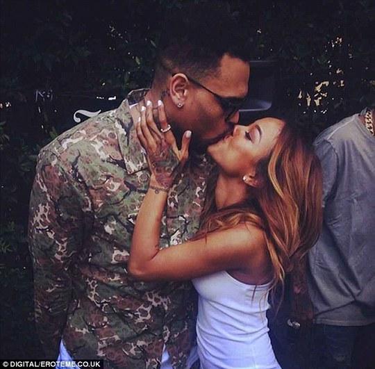Người mẫu gốc Việt kể chuyện tình tay ba với Chris Brown và Rihanna
