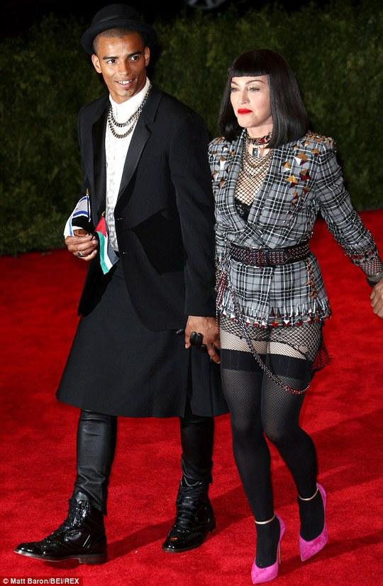 Madonna cùng Brahim