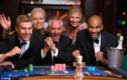 Những người đàn ông sẽ được tham gia trò chơi đơn giản nhằm đánh giá tính trung thực