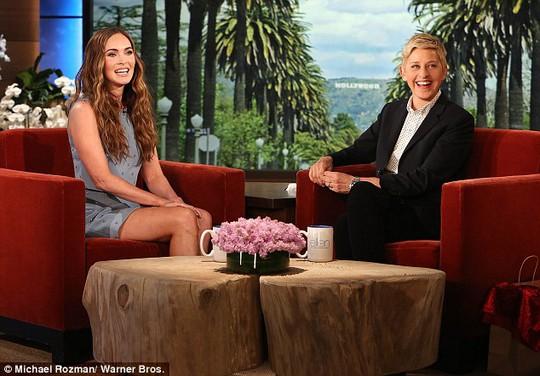 Megan Fox trong chương trình truyền hình của Ellen