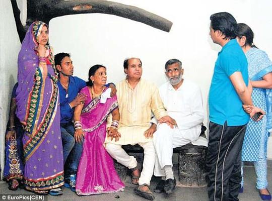 Cô dâu Ấn Độ bị anh họ bắn chết tại lễ cưới