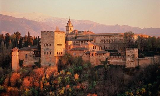 Cung điện Alhambra ở Granada, Tây Ban Nha. Ảnh: Daily Mail