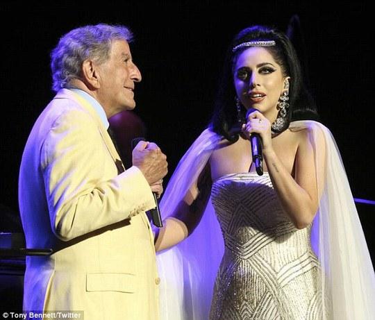 Lady Gaga và Tony