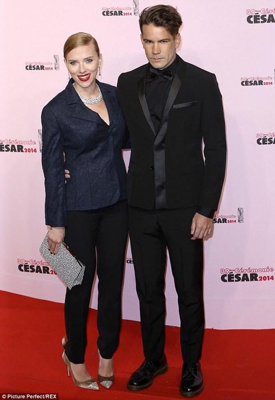 Scarlett Johansson và Romain Dauriac