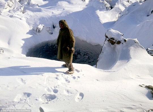 Hố bí ẩn mới phát hiện thêm ở Siberia