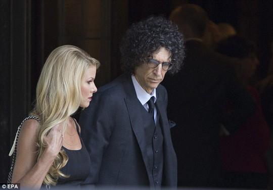 Howard Stern và vợ