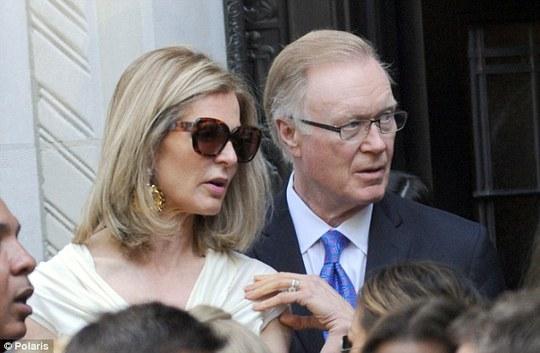 Chuck Scarborough và vợ