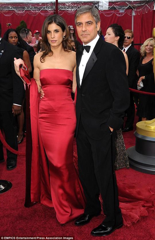 Elisabetta Canalis và George Clooney thuở mặn nồng